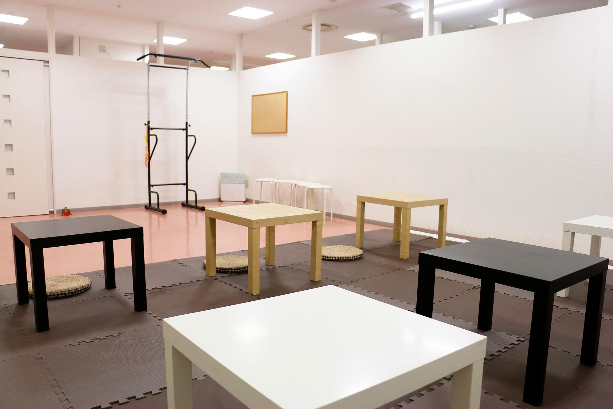 神戸・三宮のコワーキングスペース、レンタルスペースリラックスルーム