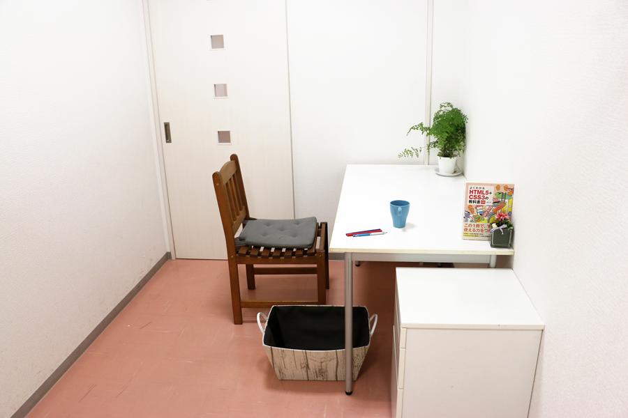 神戸・三宮のコワーキングスペース、レンタルスペース個室-2