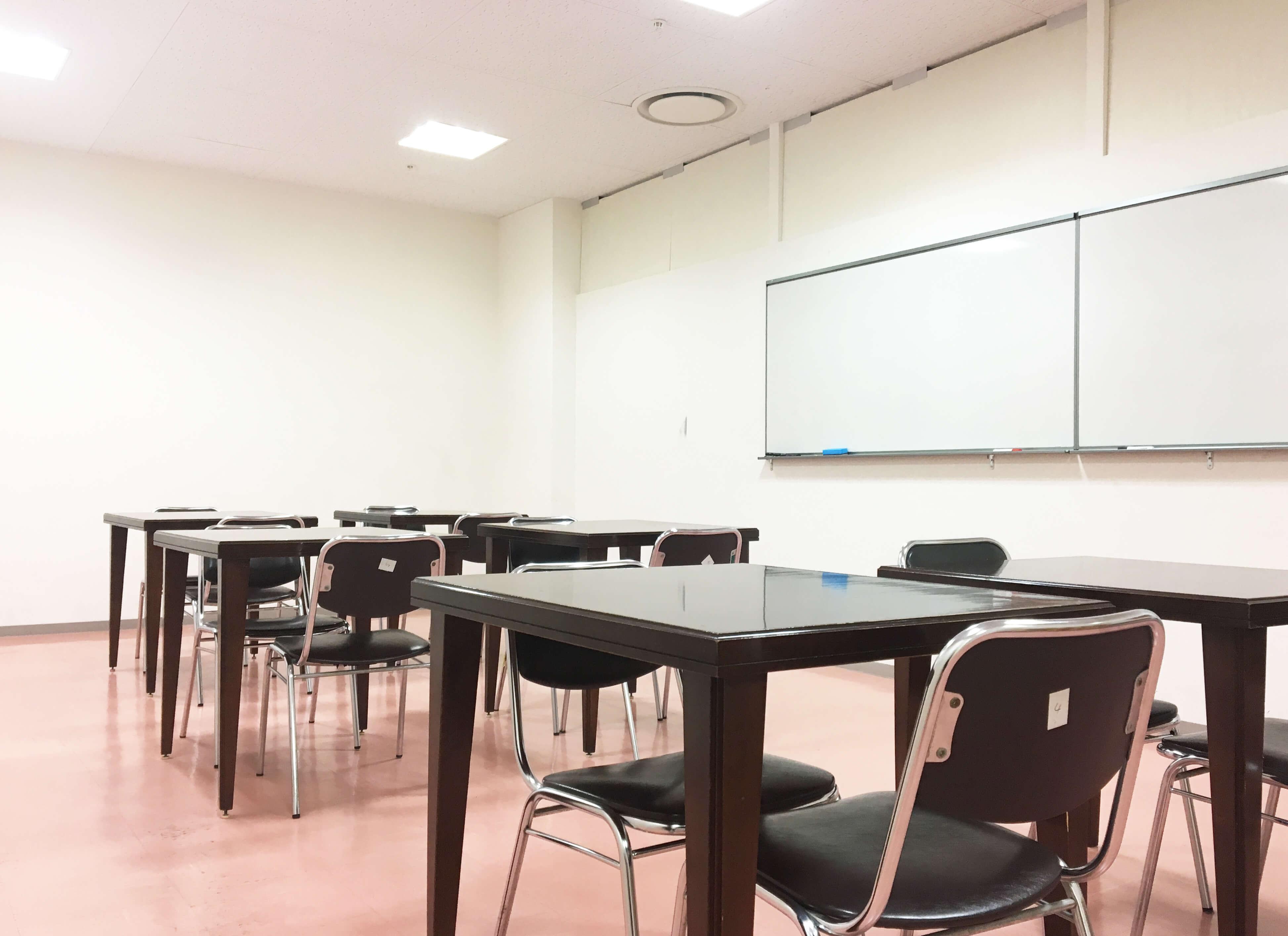 神戸のコワーキングスペースplug078のレンタルスペース画像
