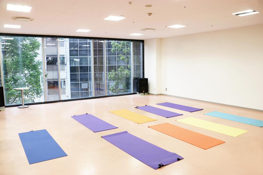 神戸・三宮のコワーキングスペース、レンタルスペーススタジオ078-2